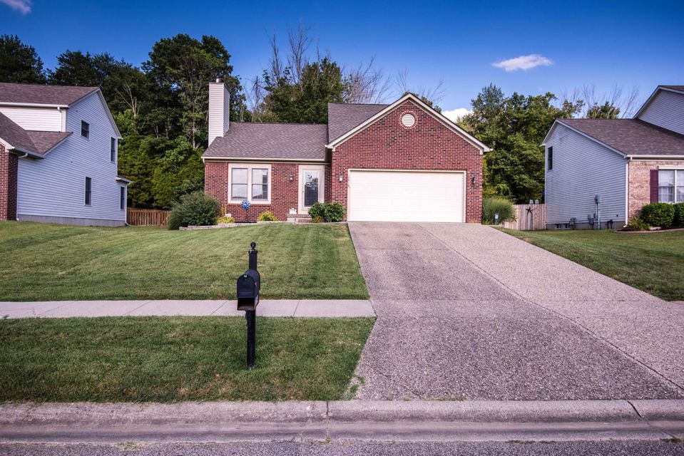 Additional photo for property listing at 9819 Indian Falls Drive  Louisville, Kentucky 40229 United States
