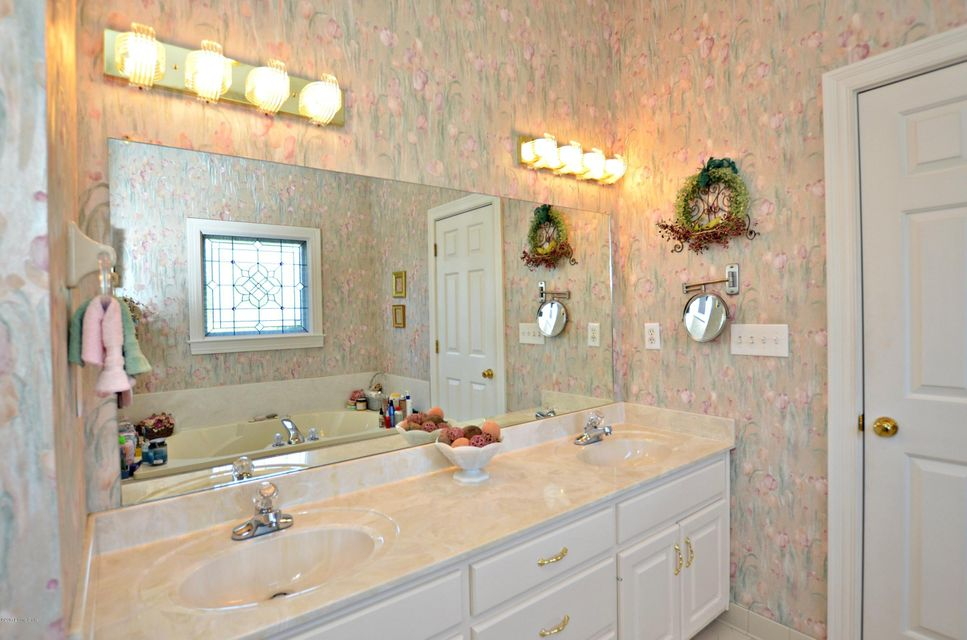Additional photo for property listing at 132 Cedar Point Drive  Mount Washington, Kentucky 40047 United States