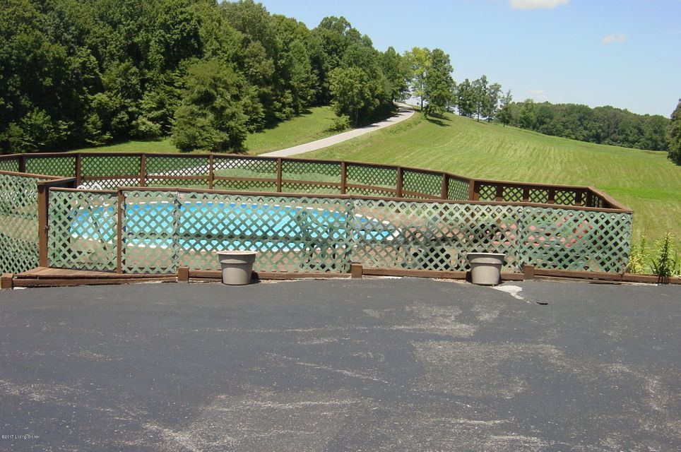 Additional photo for property listing at 3168 Little Barren Road 3168 Little Barren Road Greensburg, Kentucky 42743 United States