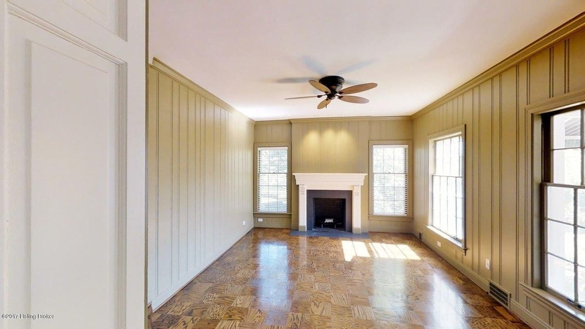 Additional photo for property listing at 3720 Crocus Lane  Louisville, Kentucky 40207 United States