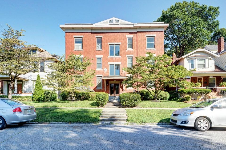 Condominium for Sale at 2015 Bonnycastle Avenue 2015 Bonnycastle Avenue Louisville, Kentucky 40205 United States