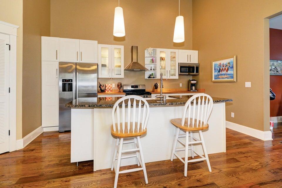 Additional photo for property listing at 2015 Bonnycastle Avenue 2015 Bonnycastle Avenue Louisville, Kentucky 40205 United States