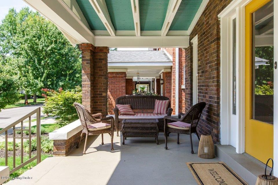 Additional photo for property listing at 2131 Woodbourne Avenue  Louisville, Kentucky 40205 United States