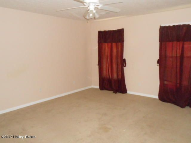 Additional photo for property listing at 341 Center Street  New Haven, Kentucky 40051 United States