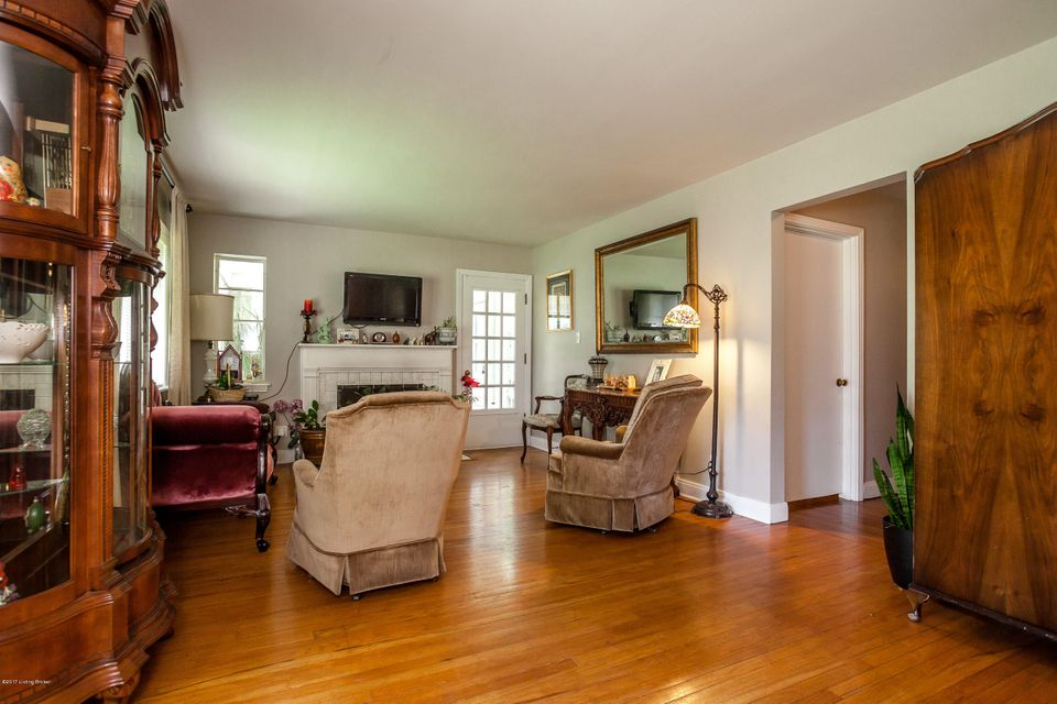 Additional photo for property listing at 29 Sterling Road  Louisville, Kentucky 40220 United States