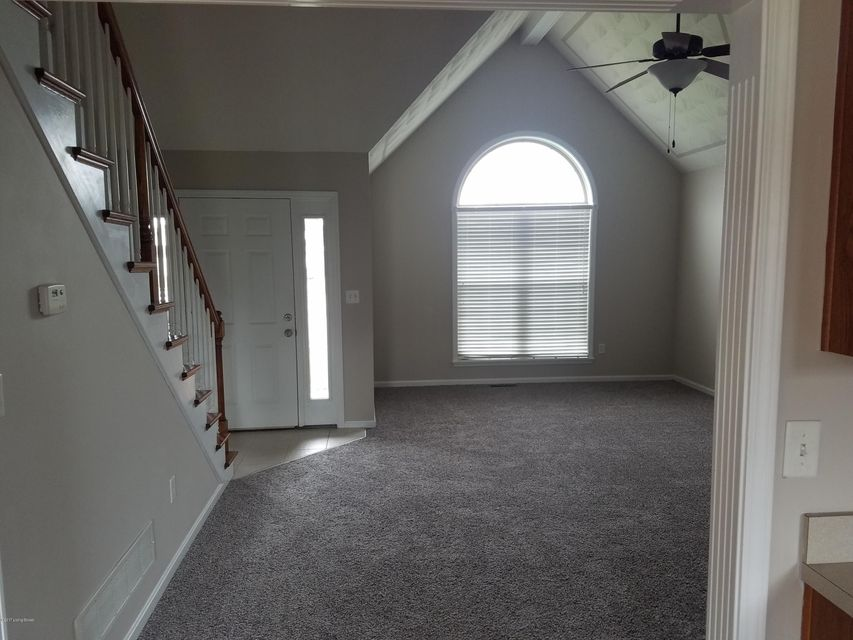Additional photo for property listing at 7303 Strive Lane  Louisville, Kentucky 40258 United States