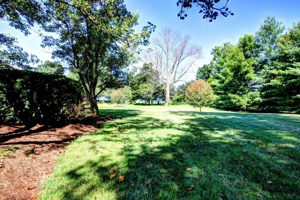 Additional photo for property listing at 8620 Independence School Road  Louisville, Kentucky 40228 United States