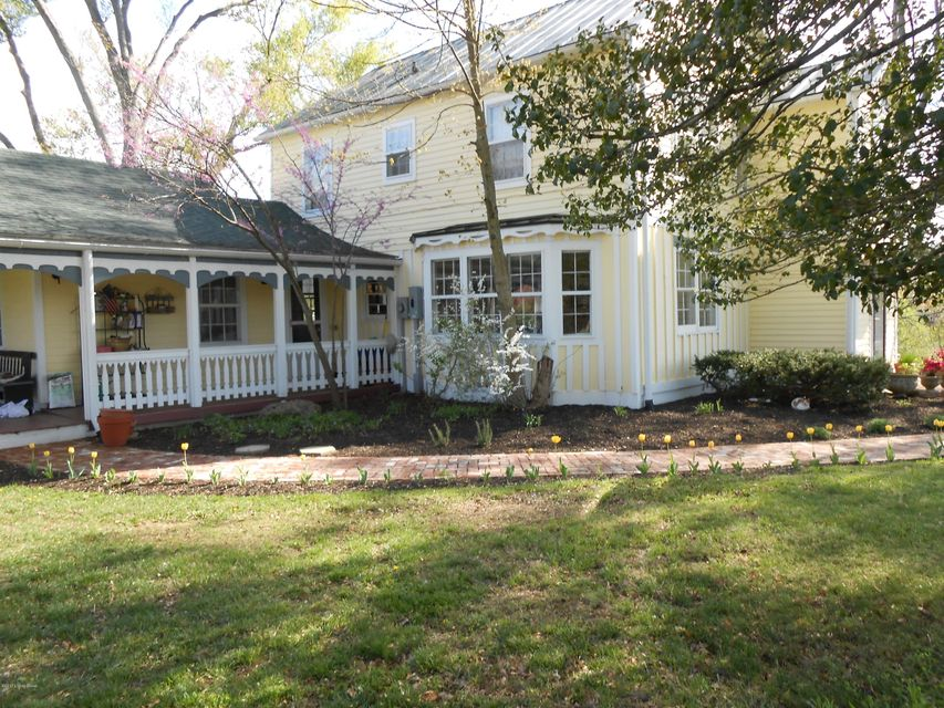 Additional photo for property listing at 8005 Rollington Road  Pewee Valley, Kentucky 40056 United States