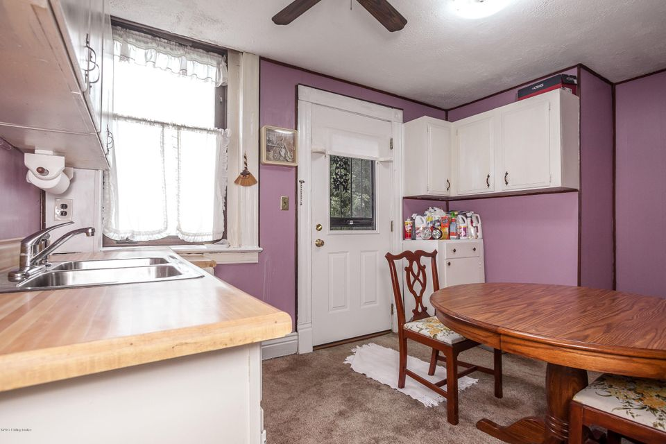 Additional photo for property listing at 203 Collins 203 Collins Louisville, Kentucky 40214 United States
