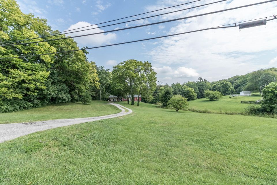 Additional photo for property listing at 5235 Bardstown Road  Louisville, Kentucky 40291 United States