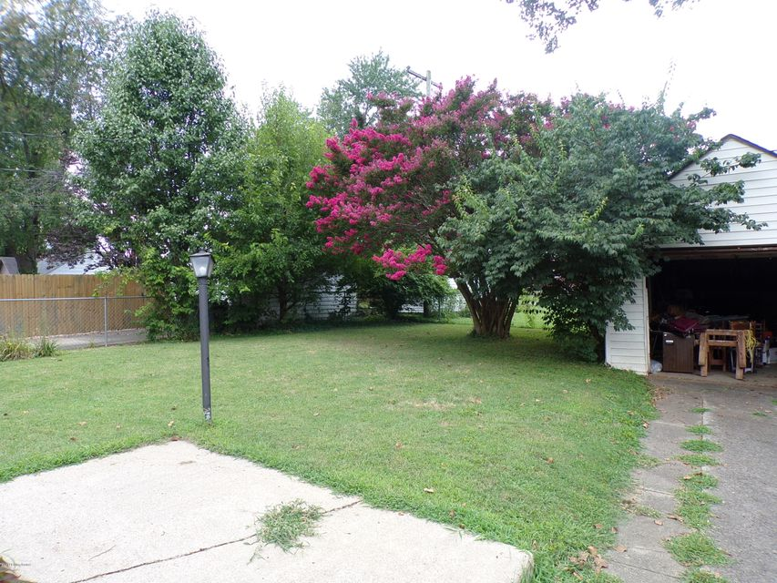 Additional photo for property listing at 2219 Wadsworth Avenue  Louisville, Kentucky 40205 United States