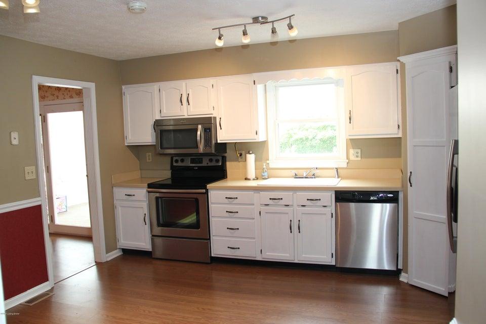 Additional photo for property listing at 1017 Cobblestone Circle  Shepherdsville, Kentucky 40165 United States