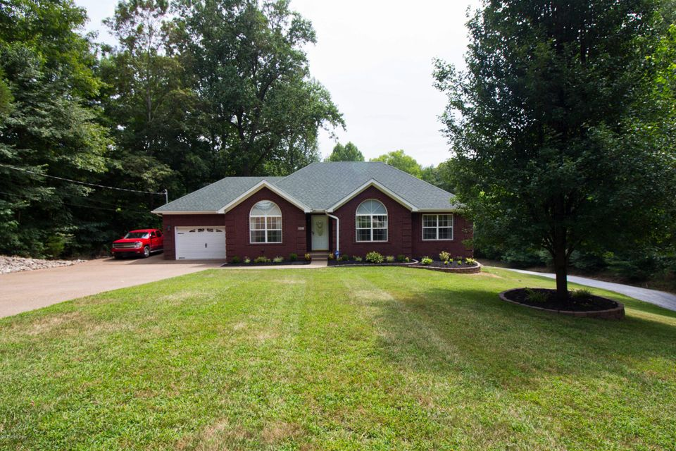 Single Family Home for Sale at 901 Big Springs Drive Shepherdsville, Kentucky 40165 United States