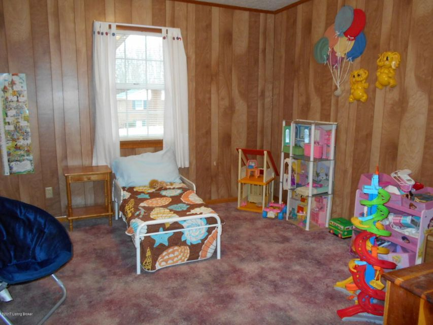 Additional photo for property listing at 102 Shelton Drive  Leitchfield, Kentucky 42754 United States