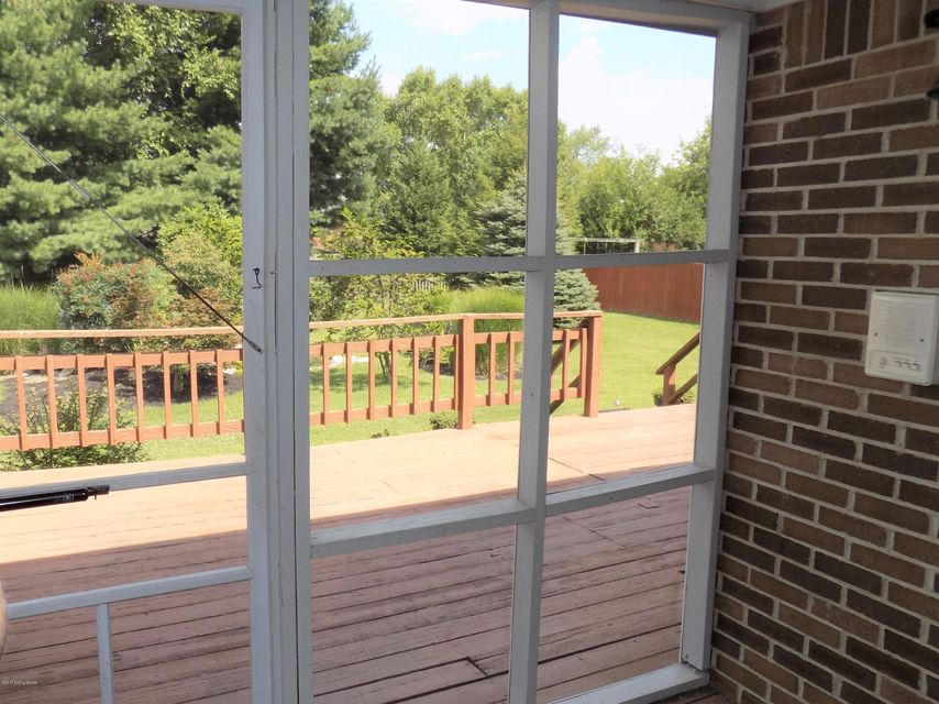 Additional photo for property listing at 8707 Chase Tayler Place  Louisville, Kentucky 40299 United States