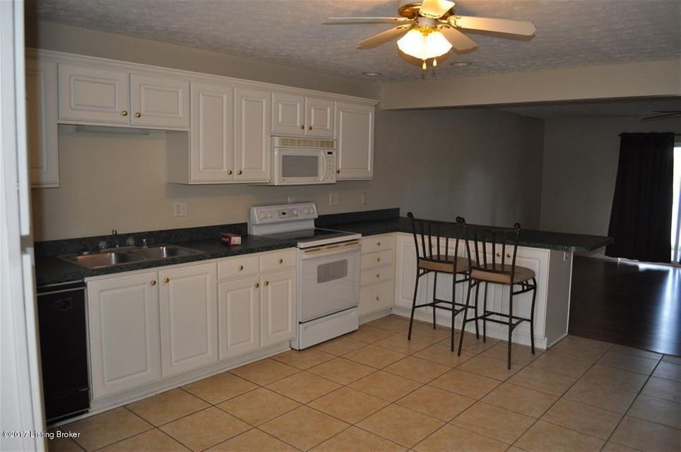 Additional photo for property listing at 78 Lookout Drive  Brandenburg, Kentucky 40108 United States