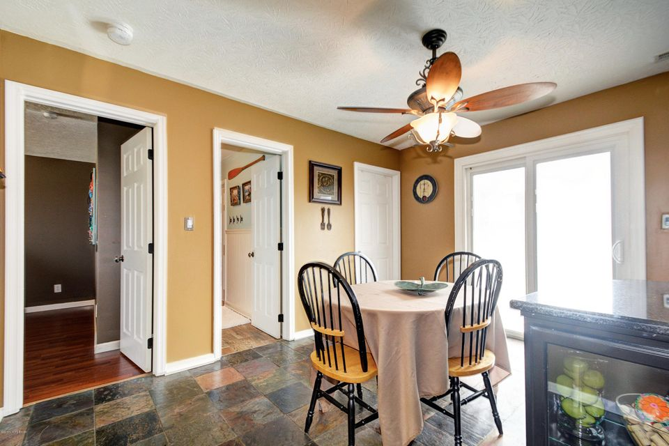 Additional photo for property listing at 459 Burnt Sienna Drive  Mount Washington, Kentucky 40047 United States