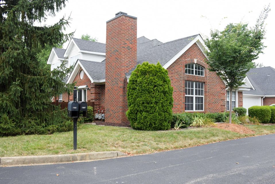 Additional photo for property listing at 10405 Wemberley Hill Blvd  Louisville, Kentucky 40241 United States