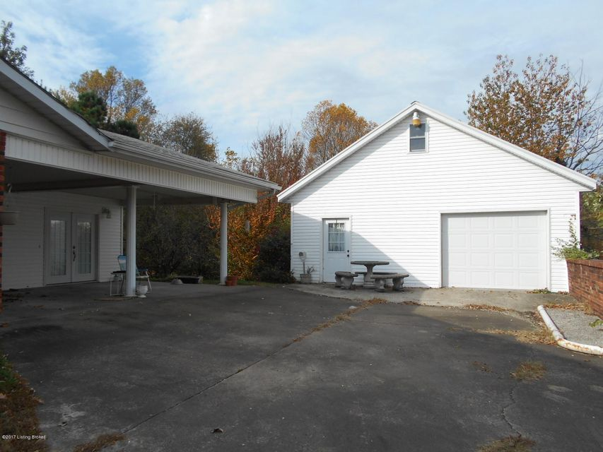 Additional photo for property listing at 310 N English Street  Leitchfield, Kentucky 42754 United States