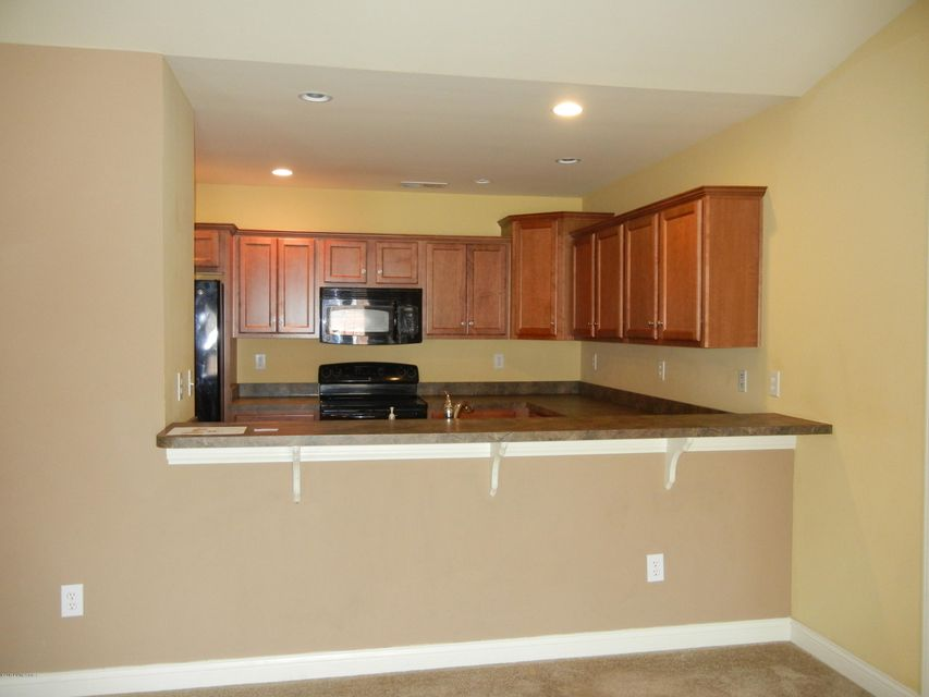 Additional photo for property listing at 614 Crum Court  Simpsonville, Kentucky 40067 United States