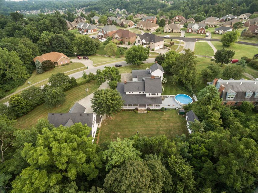 Additional photo for property listing at 1906 Riva Ridge Road 1906 Riva Ridge Road Louisville, Kentucky 40214 United States