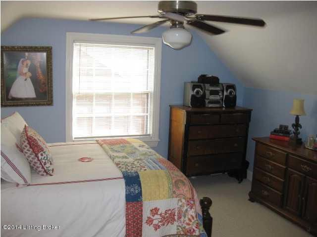 Additional photo for property listing at 3607 Saint Germaine Court  Louisville, Kentucky 40207 United States