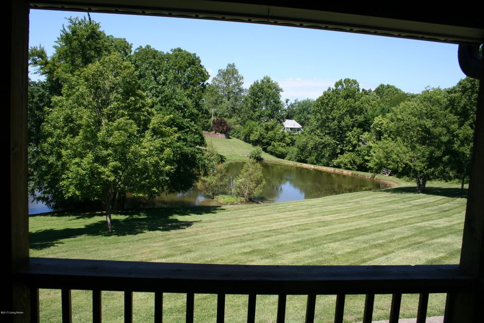 Additional photo for property listing at 5506 Montfort Lane 5506 Montfort Lane Crestwood, Kentucky 40014 United States