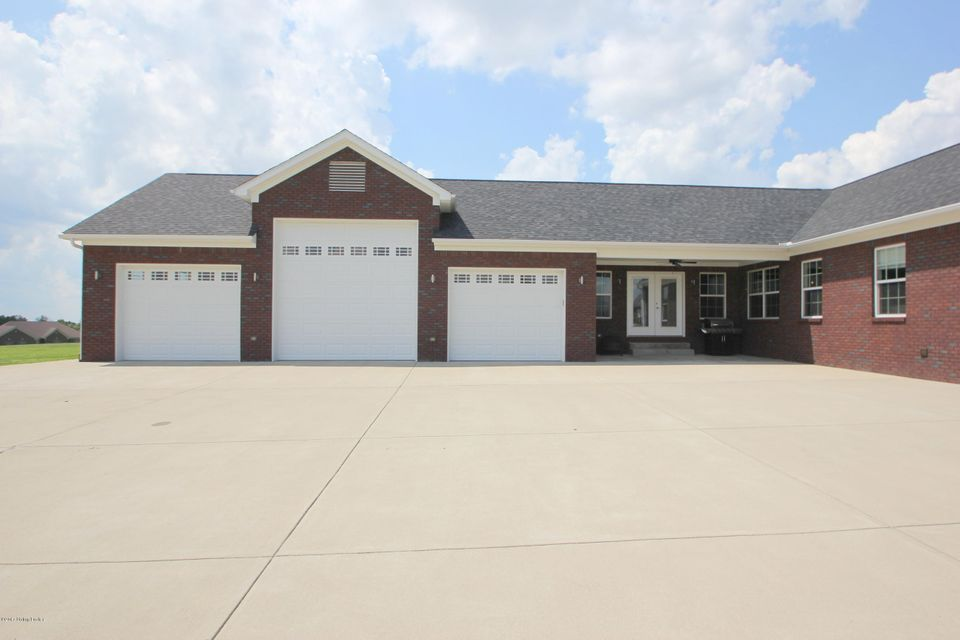 Additional photo for property listing at 185 Earlywyne Drive 185 Earlywyne Drive Taylorsville, Kentucky 40071 United States