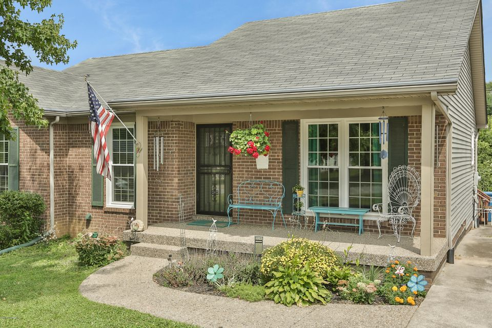 Additional photo for property listing at 1210 Shepard Way 1210 Shepard Way Shelbyville, Kentucky 40065 United States