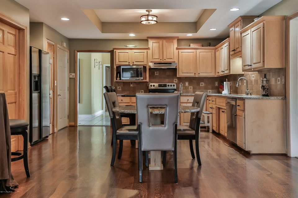 Additional photo for property listing at 37 Plantation Drive  Shelbyville, Kentucky 40065 United States