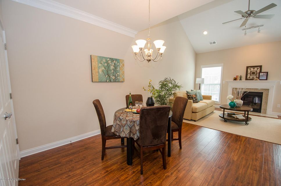 Additional photo for property listing at 913 S English Station Road  Louisville, Kentucky 40299 United States