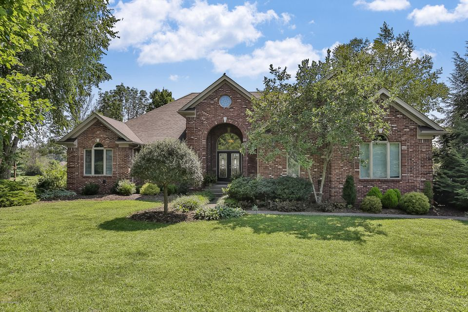 Single Family Home for Sale at 37 Plantation Drive Shelbyville, Kentucky 40065 United States