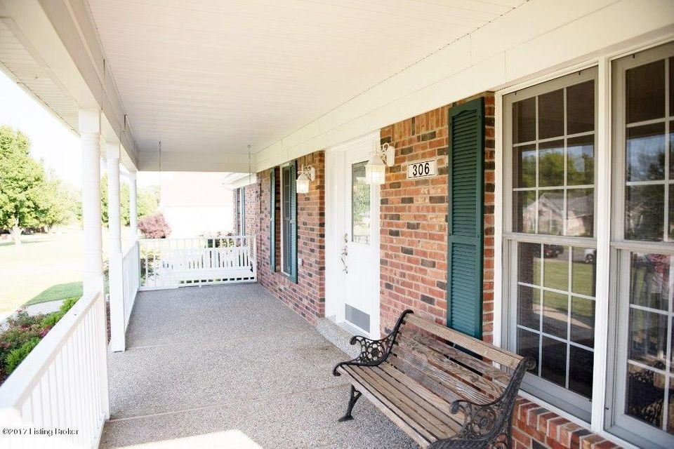 Additional photo for property listing at 306 Blackberry Circle  Mount Washington, Kentucky 40047 United States