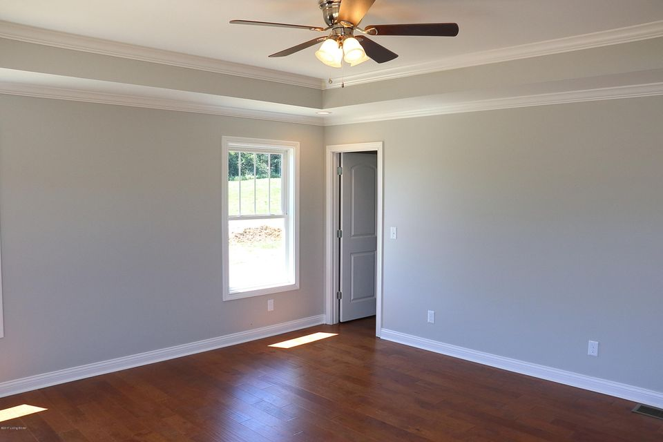 Additional photo for property listing at 151 The Landings 151 The Landings Taylorsville, Kentucky 40071 United States