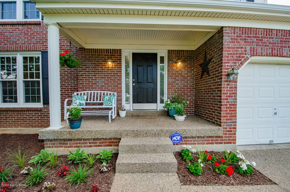Additional photo for property listing at 3619 Brookhollow Drive 3619 Brookhollow Drive Louisville, Kentucky 40220 United States