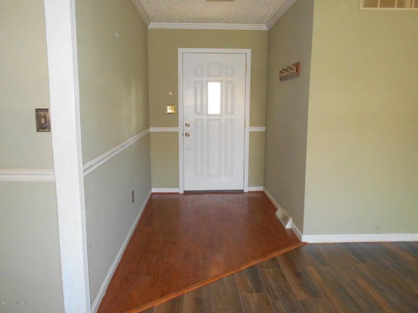 Additional photo for property listing at 6348 Brandenburg Road 6348 Brandenburg Road Leitchfield, Kentucky 42754 United States