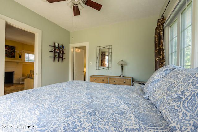 Additional photo for property listing at 1737 Deer Lane  Louisville, Kentucky 40205 United States