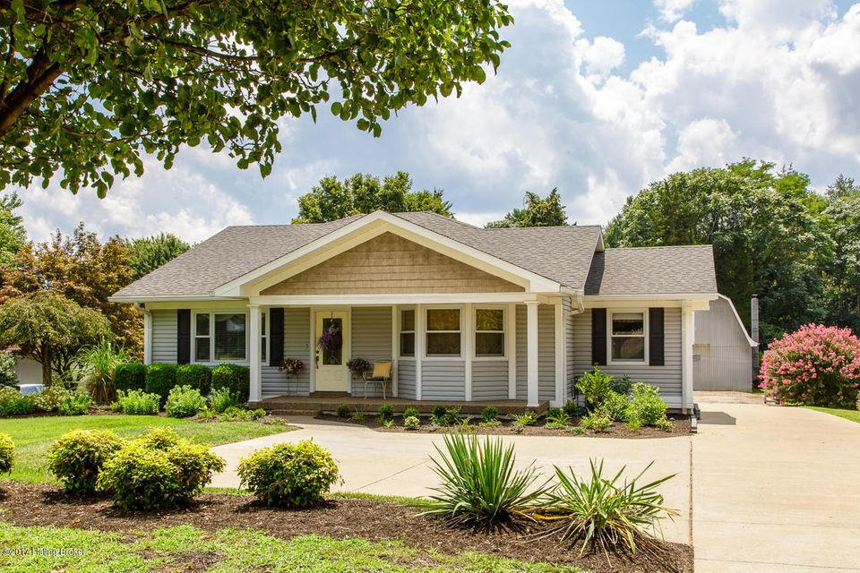 Additional photo for property listing at 4702 Valley Station Road  Louisville, Kentucky 40272 United States