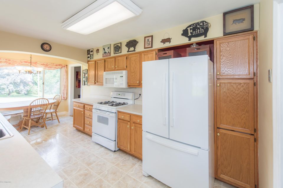 Additional photo for property listing at 10200 Old Preston Hwy  Louisville, Kentucky 40229 United States