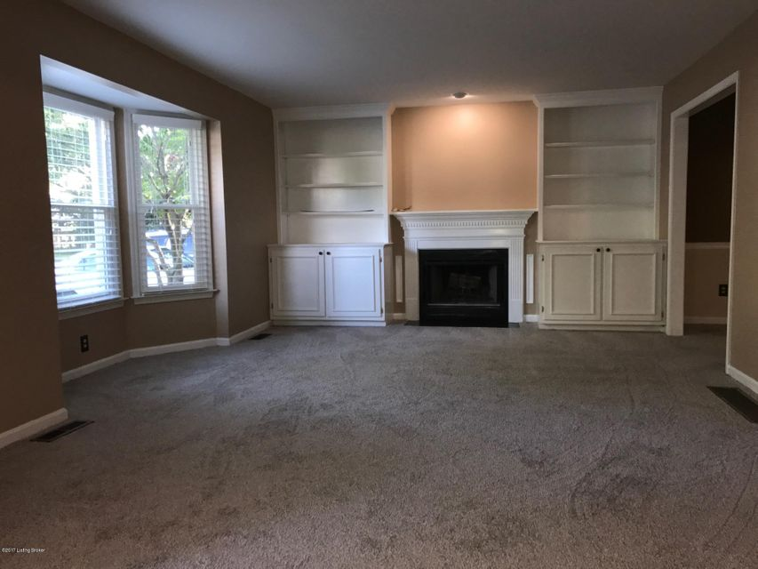 Additional photo for property listing at 529 Vineleaf Drive  Louisville, Kentucky 40222 United States