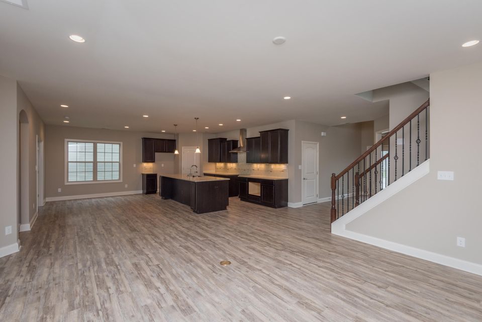 Additional photo for property listing at 1900 Carabiner Way  Louisville, Kentucky 40245 United States