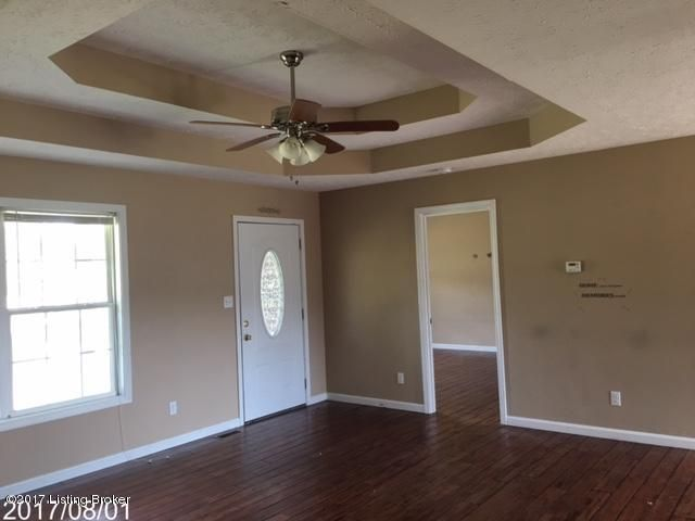 Additional photo for property listing at 103 Cumberland Court  Bardstown, Kentucky 40004 United States