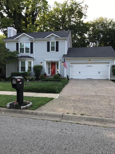 Single Family Home for Sale at 529 Vineleaf Drive Louisville, Kentucky 40222 United States