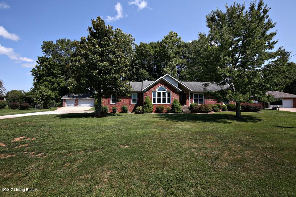 Additional photo for property listing at 239 Shady Pond Lane  Shepherdsville, Kentucky 40165 United States
