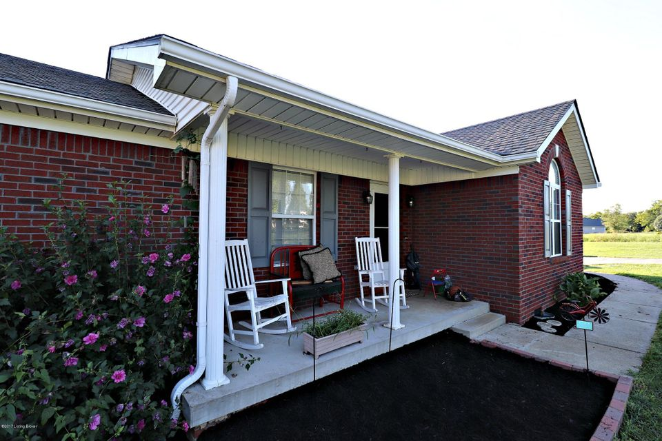 Additional photo for property listing at 200 Copley Court  Taylorsville, Kentucky 40071 United States