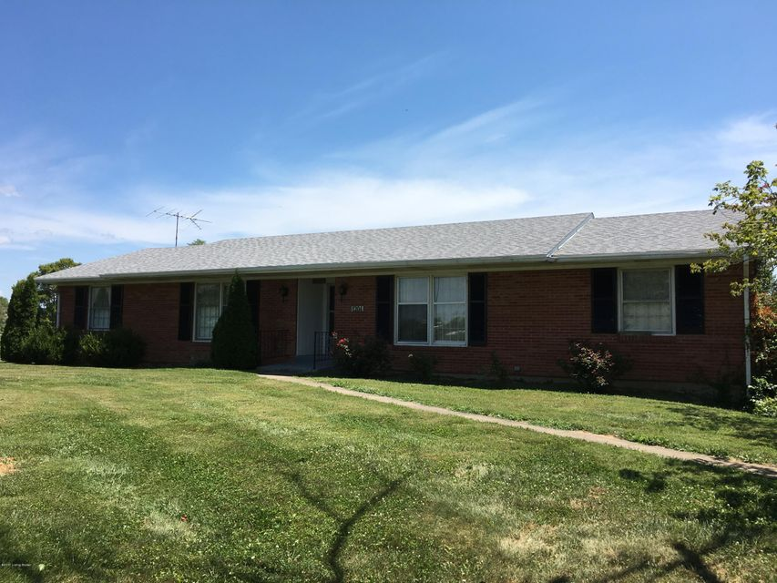 Single Family Home for Sale at 1204 Scotts Station Road Shelbyville, Kentucky 40065 United States