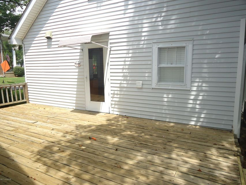 Additional photo for property listing at 524 Fenley Avenue  Lyndon, Kentucky 40222 United States