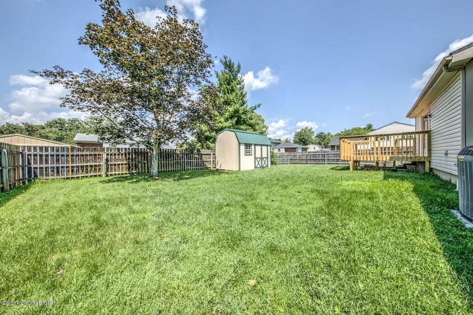 Additional photo for property listing at 8611 Glaser Lane  Louisville, Kentucky 40291 United States