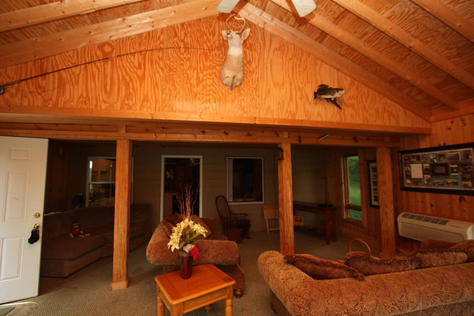 Additional photo for property listing at 154 Paradise Way 154 Paradise Way Mammoth Cave, Kentucky 42259 United States