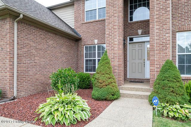 Additional photo for property listing at 402 Davenport Drive 402 Davenport Drive Louisville, Kentucky 40245 United States